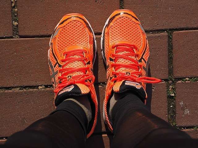 7 Best Running Shoes for Bunions and